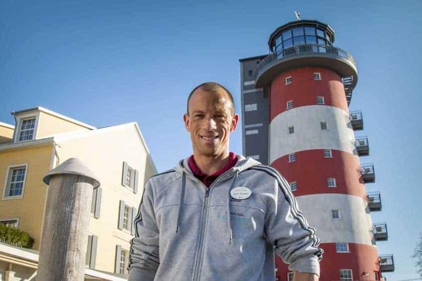 Wereldkampioen traint in trappenhuis van themahotel  Europa-Park